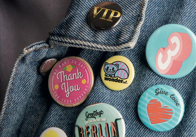 390826 - brilliant promotion® gewinnt Buttonboss Group als neuen Shop-Partner