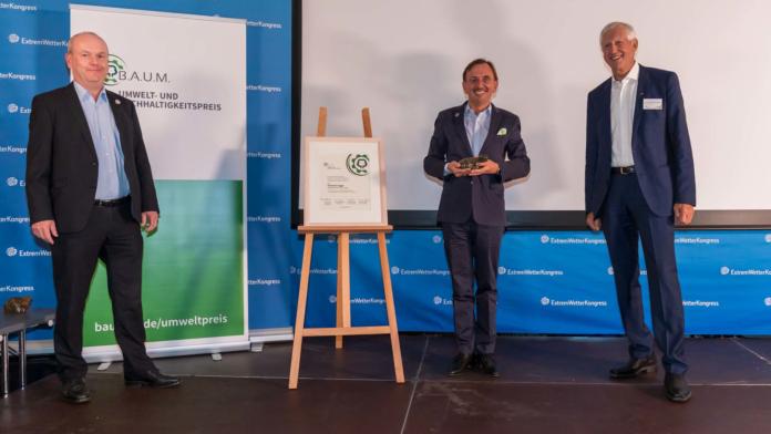 390830 696x392 - Alpensped-Geschäftsführer erhält B.A.U.M. Umwelt- und Nachhaltigkeitspreis