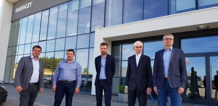 20210809 ONA0002 1 1 696x338 - Hargassner Unternehmensgruppe integriert Rakoczy Stal Sp. z o.o. aus Polen