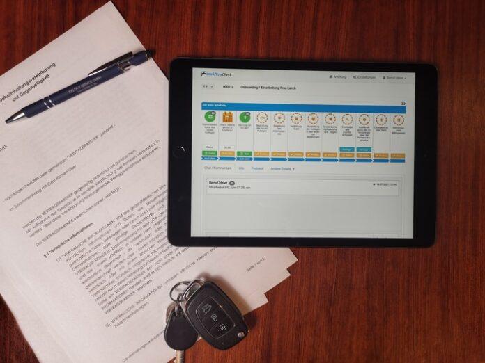 Pressefoto20WorkflowCheck 696x522 - WorkflowCheck: Digitale Prozesse einfach anwenden und erstellen - in der Basic-Version für drei Workflows kostenfrei!