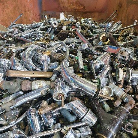 image 1 154 - Schrottabholung Bergkamen: Der mobile Schrotthändler holt Altmetallschrott beim Kunden ab