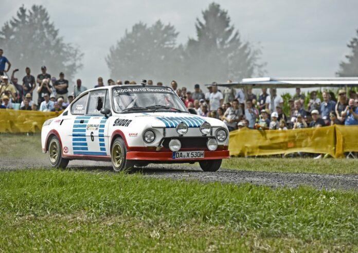 image 1 200 696x492 - ŠKODA startet mit Rallye-Legenden bei der Sauerland Klassik durchs 'Land der 1.000 Berge'